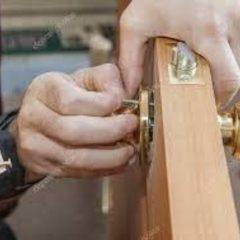 Вакансія агентства: монтажник на встановлення міжкімнатних дверей
