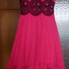 Плаття яскравого малинового кольору