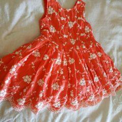 Продам сукню святкову на рочок