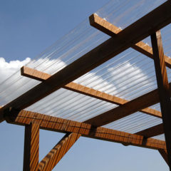 Профільований литий полікарбонат - абсолютно градостійкий прозорий шифер