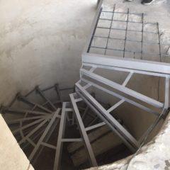 Зварювальні роботи з виготовлення металевих сходів