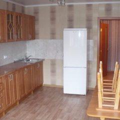 1-комнатная, н/с, 48 кв.м, 3000грн Озерная вся мебель техника индотопление