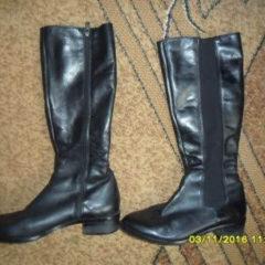 Продам б/в жіноче взуття