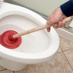 Прочистка каналізації вручну